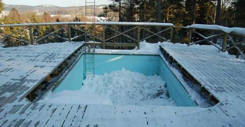 pool på vintern