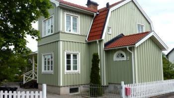 Huspriserna ökar mer än priserna på bostadsrätter