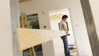 Starkt år för bygghandeln på nätet