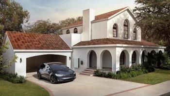 Nu tar Tesla beställningar på sitt solcellstak