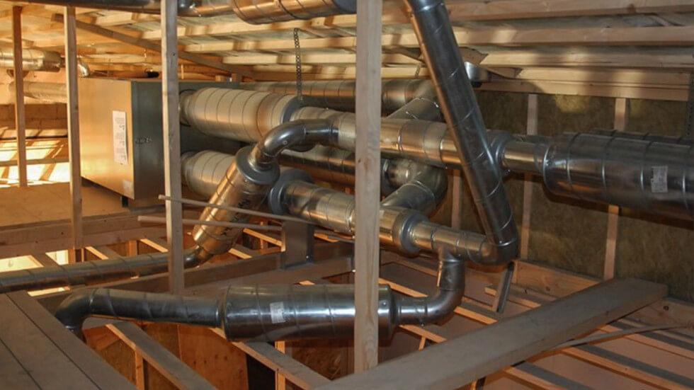 Ett FTX-ventilatinssystem.