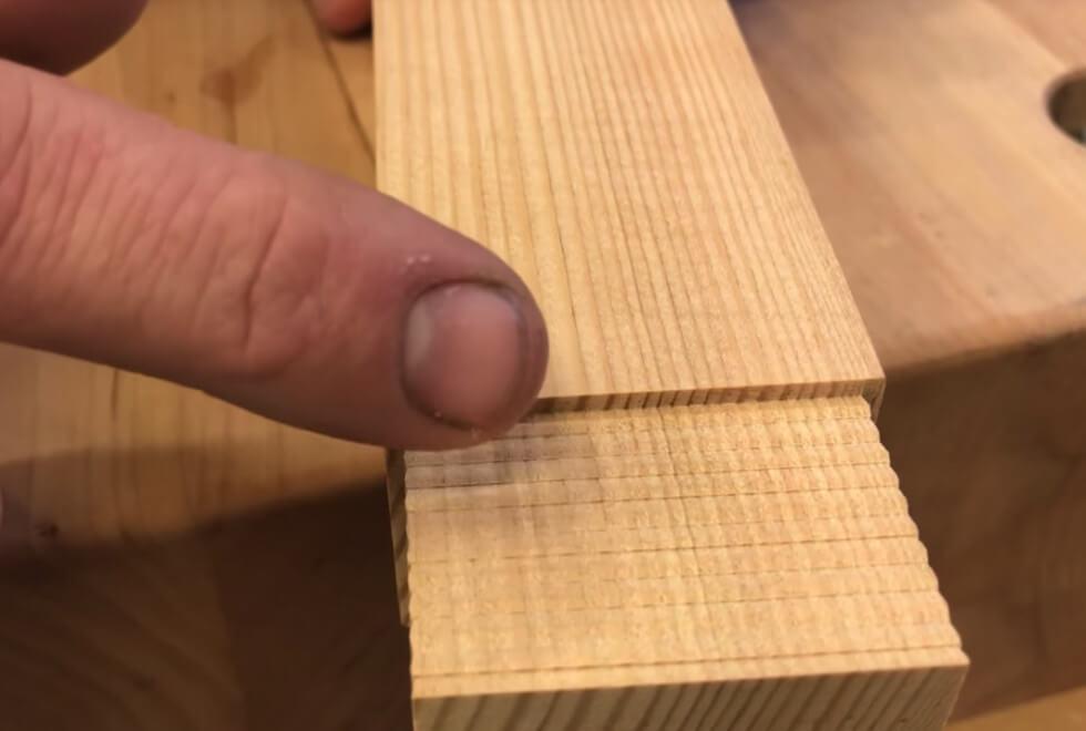 Tapp med ojämn yta