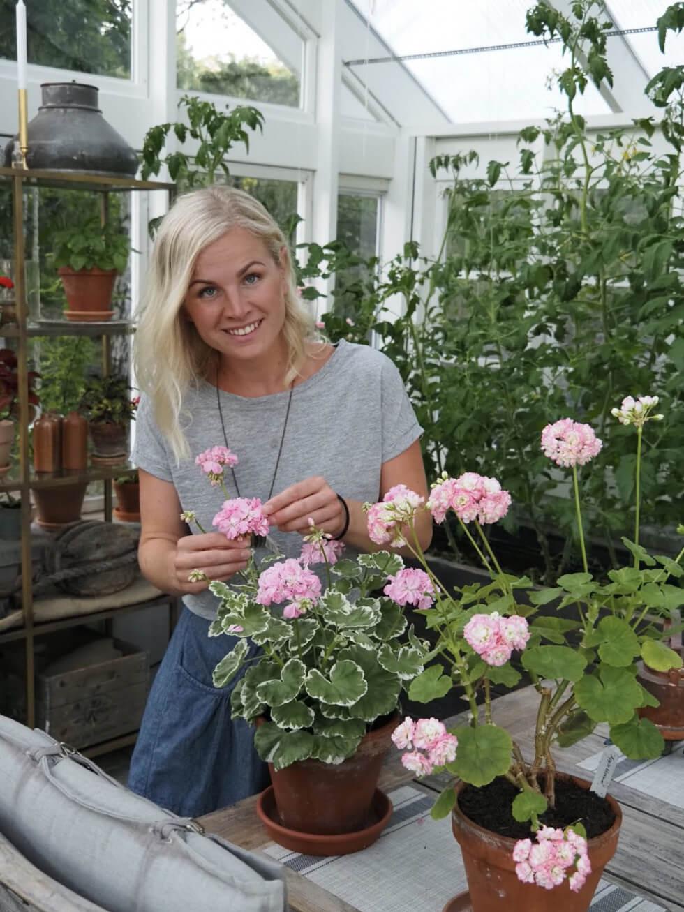 Ellen i sitt växthus