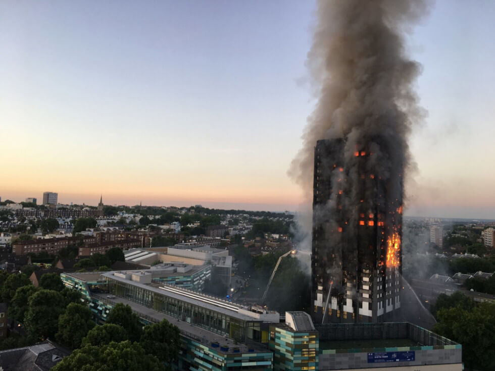 Grenfell Tower brinner