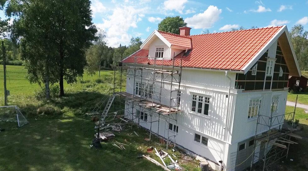 Huset bakifrån