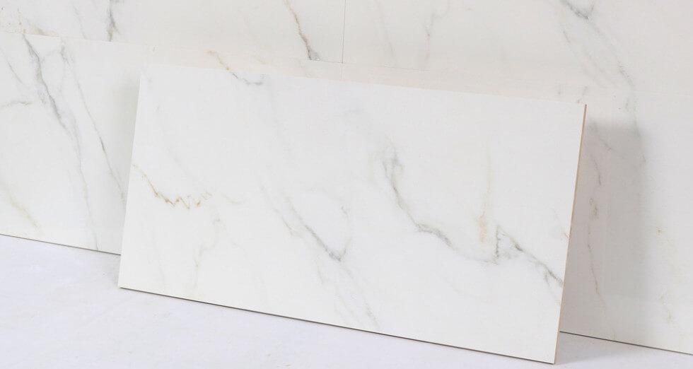 Kakel som ser ut som marmor