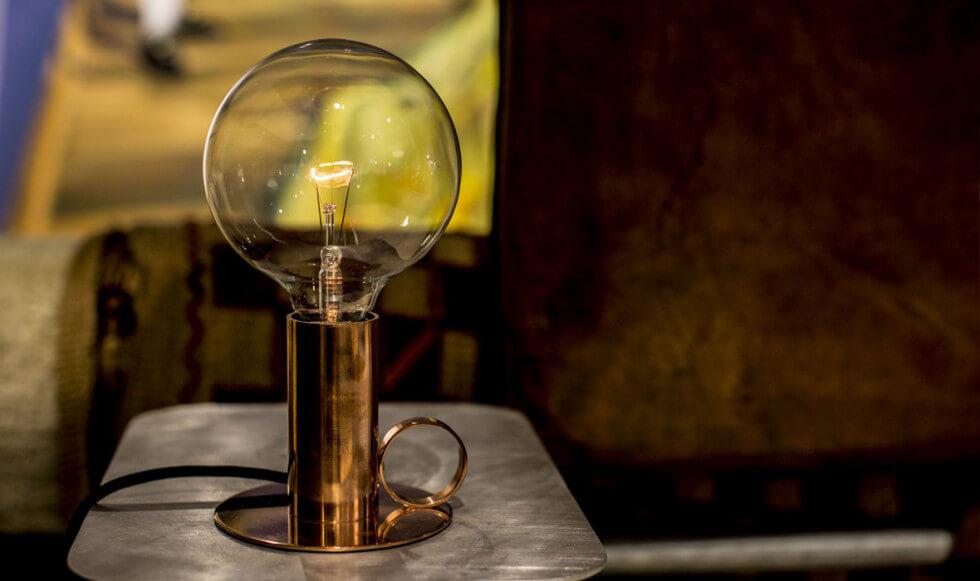 Bordslampa i koppar