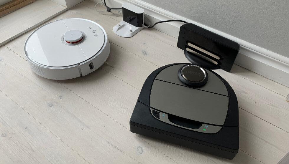 Robotarna återvänder till sina laddstationer