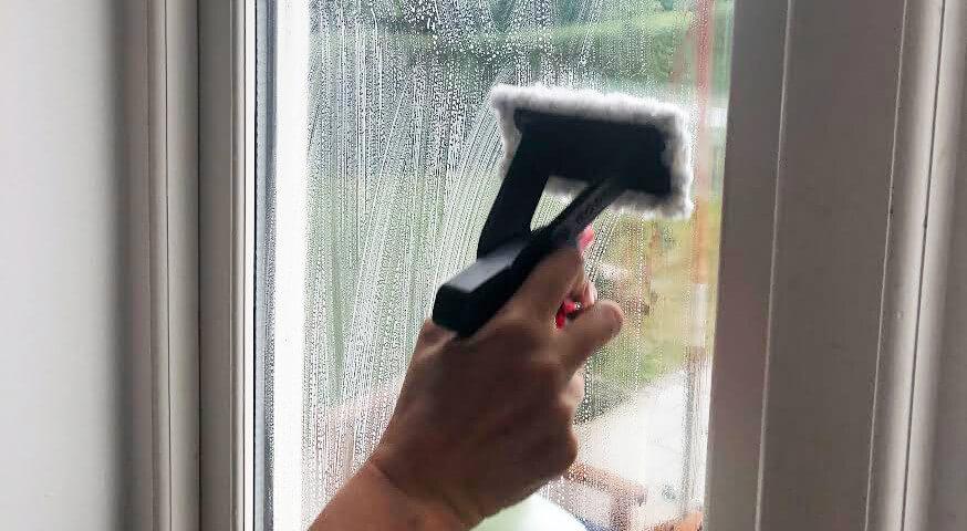 Fönster tvättas