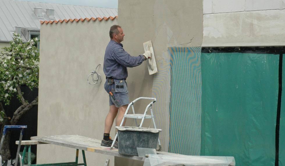 putsa betongvägg utomhus