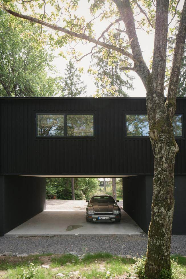 Carport under huset