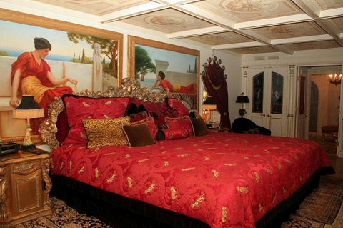 900 miljoner for versaces hus