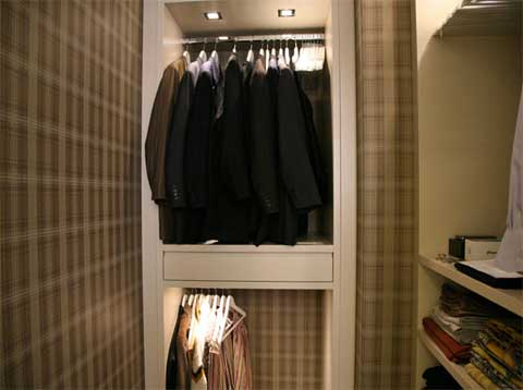 covet walk in closet